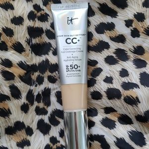 It Cosmetics CC plus foundation in Light. 98% full
